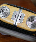 D10磁力无线蓝牙音箱